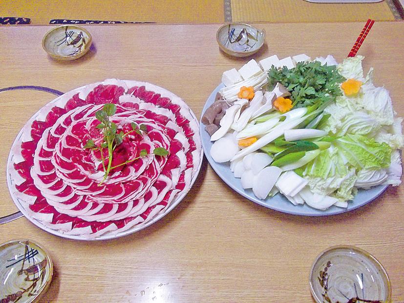 季節料理 花子内装