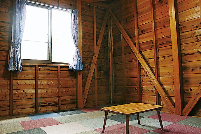 松林・山上川オートキャンプ場内装